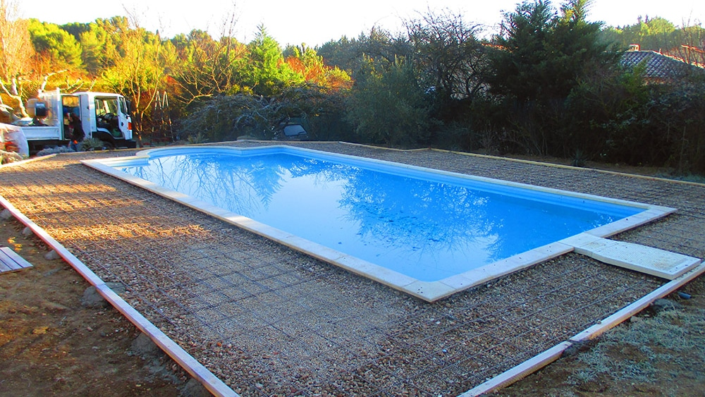 Am nagement ext rieur piscine ventabren rc entreprise for Entreprise piscine