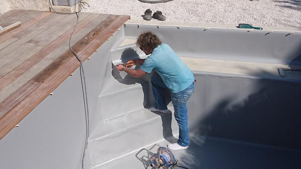 Construction piscine et am nagement ext rieur puyricard for Construction piscine 44